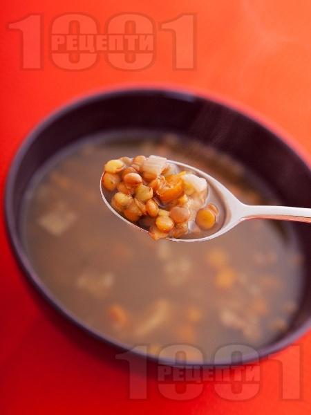Постна чорба / супа от леща и гъби манатарки (без запръжка) - снимка на рецептата